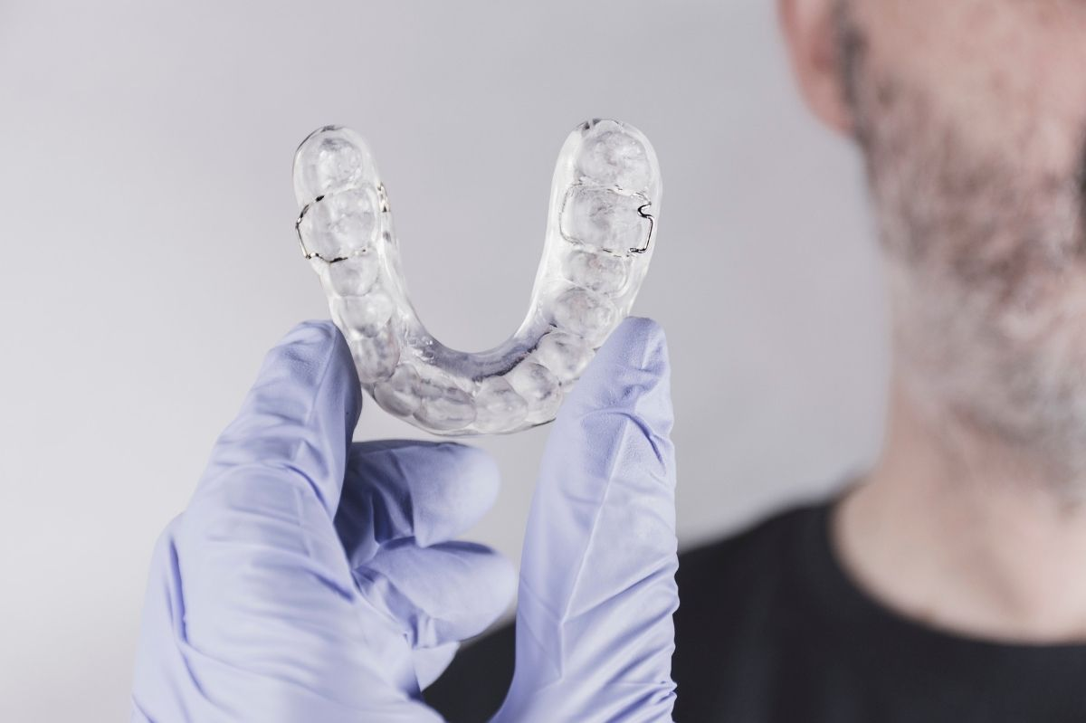 Wear-a-nightguard-to-prevent-damaged-teeth-from-grinding